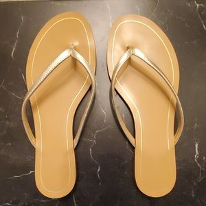 Banana Republic Gold Leather Strap Flip Flops 6M